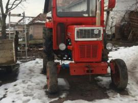 Tractor 445 brasov