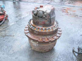 Transmisie de excavator JCB JS200LC
