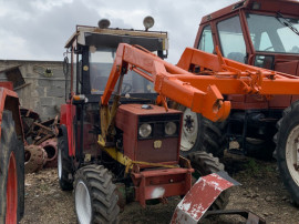 Tractor UTB 302 DTC cu incarcator