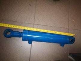 Cilindru cupa plug reversibil hidraulic