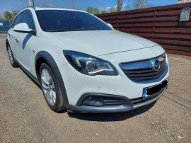 Opel Insignia Country Tourer, 2.0 Diesel, 170 CP Automata