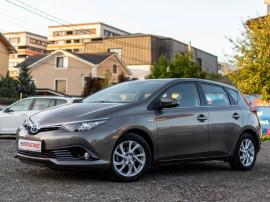 Toyota Auris 2018 - hibrid - www.autosens.ro