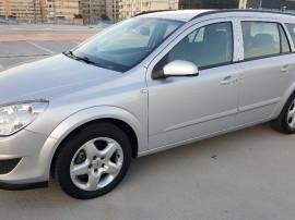 Opel Astra . Model nou Face Lift . Klima . Pilot Automat