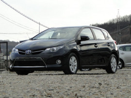 Toyota Auris 1.8 Aspiration - Hibrid - Automatic - 99 hp
