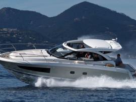 Barca Jeanneau Leader 36 Sportop cu Diesel 520CP