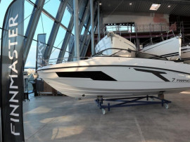 Barca Finnmaster T7 cu Yamaha F200 si peridoc