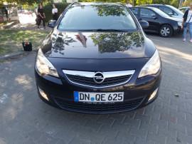 Opel Astra j 2011euro 5