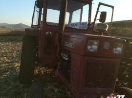 Tractor u650 stare buna cu plug reversibil
