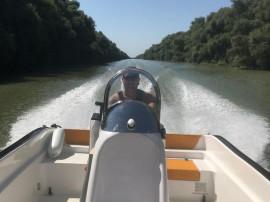 Barca Delphin 5.5 x2.4 + Motor Honda 100 CV + Peridoc