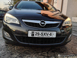 Opel Astra benzina 2012 5700 eur de Black Friday!