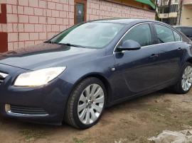 Opel Insignia,an 2010,sau/schimb,motor 2,0 l, 131cp,sezori,