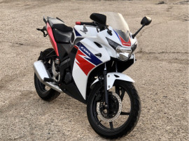 Moto Honda CBR 125 R 2014 (categ. A1 16 ani)
