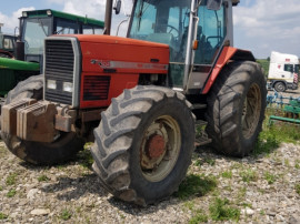 Dezmembrez Tractor Massey Ferguson 3655
