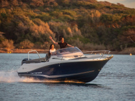 Barca Jeanneau 6.5 WA cu Yamaha F150 DETX, livrare din stoc