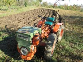 Tractor- Pasquali 946 - schimb cu duba 5/ 6 locuri .