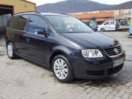 VW Touran, 2.0 TDI, 136 CP