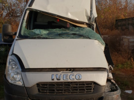 Iveco daily 2014 ,motor 2.3 avariat. pret fix