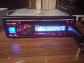 Alpine cde 133BT
