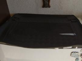 Tavita portbagaj bmw seria 1