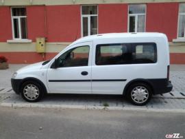 Auto Opel Combo 1.3 CDTI 2008