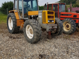 Dezmembrez Tractor Renault 13.14