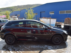 Usa dreapta Opel Astra H coupe 522
