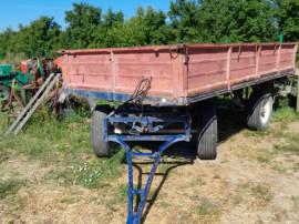 Remorcă basculabilă tractor