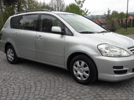 Toyota Avensis Verso an fabr2004