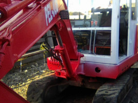 Miniexcavator 2,800 kg