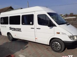 Mercedes - Benz Sprinter 313 2.2CDi, 130 CP, 8+1 loc / cat B