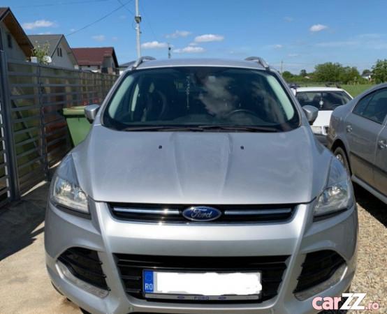 """Ford Kuga 2014 Ford Kuga 2014 2014  adusă recent din Italia, se pot verifica accidentele și km mașinii (apăsând butonul """"Verifică""""), cutie de viteză Automata, Euro 5. Oferit de Persoană fizică."""